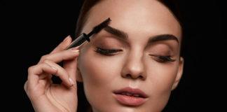 Jakich kosmetyków używać do makijażu brwi?