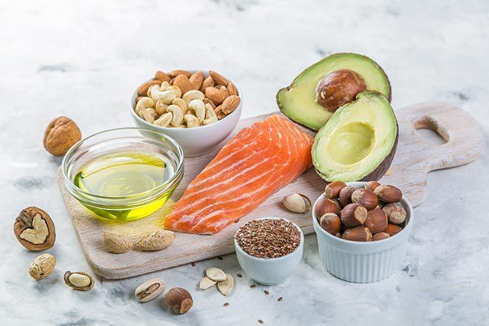 Tłuszcze w zdrowej diecie - jakie tłuszcze wybierać