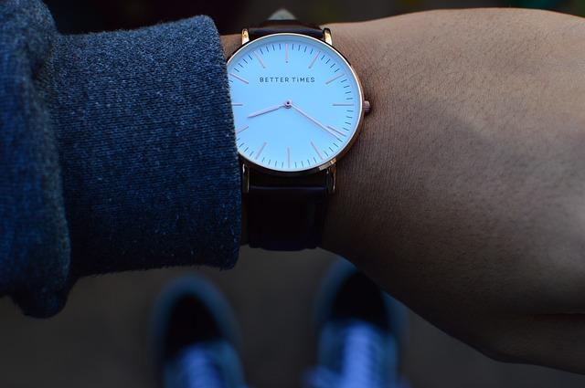 Nowoczesny zegarek dla nowoczesnego mężczyzny