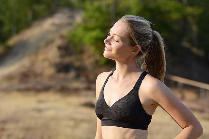 Powiększanie piersi i pośladków - mity