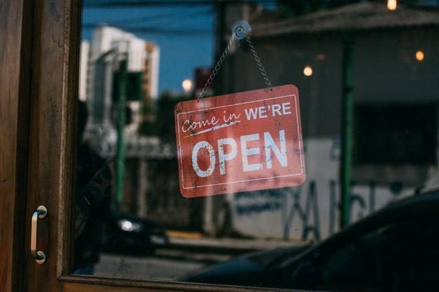 otwarte sklepy